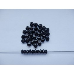 Koblihy 7 mm černá