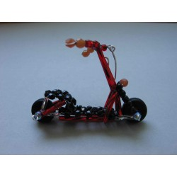 SCOOTER 6 X 4 CM, RED